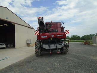 Moissonneuse batteuse Case IH 7130 - 9