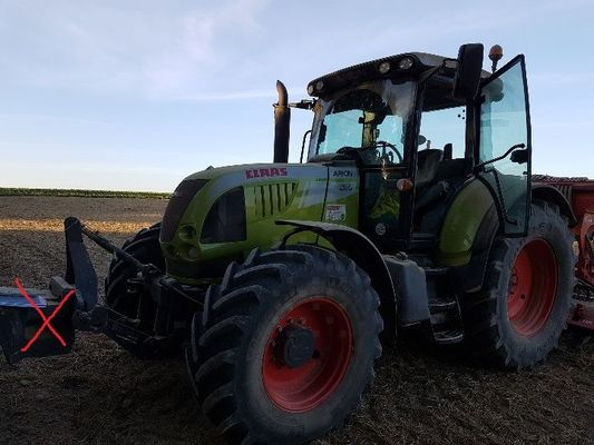 Tracteur agricole Claas ARION630 - 1