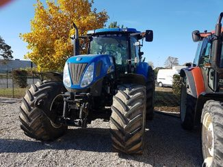 Tracteur agricole New Holland T7050APC - 2