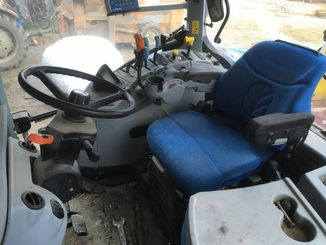 Tracteur agricole New Holland T7040 - 4