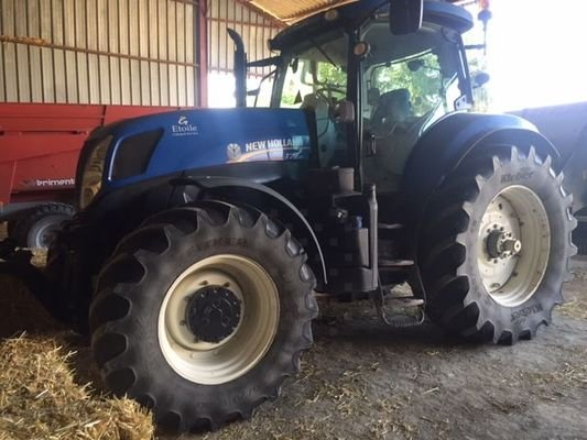 Tracteur agricole New Holland T7.235PC - 1