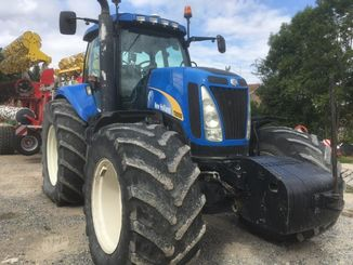 Tracteur agricole New Holland T8050 - 2