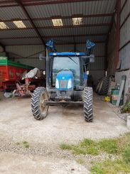 Tracteur agricole New Holland TSA100 - 1