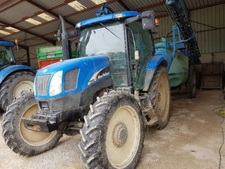 Tracteur agricole New Holland TSA100 - 3